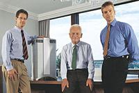 Ο ιδρυτής Klauss Hammes (κέντρο) και γιοί.